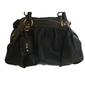 1c99d625fa Second hand Dolce   Gabbana Handbags - Joli Closet
