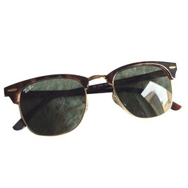 Ray-Ban-Clubmaster-Brown