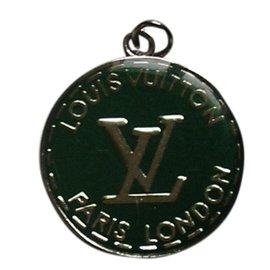 Louis Vuitton-Médaillon-Vert
