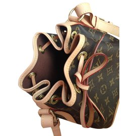 ... Louis Vuitton-Noé BB monogram-Marron dc4a5be43bb