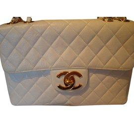 Chanel-JUMBO CAVIAR-White