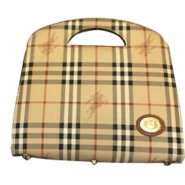 Burberry-Handbag-Beige