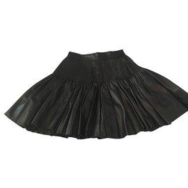 Fendi-Jupe-Noir