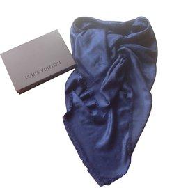 012e020c6874 ... Louis Vuitton-Châle Monogram bleu nuit-Bleu