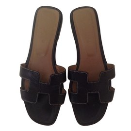 Hermès-Oran-Black