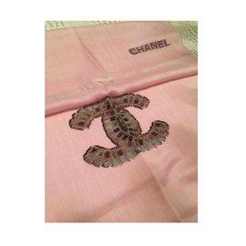 Chanel-Echarpe en cachemire-Rose