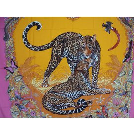 Hermès-Cachemire Jungle Love / RARE-Rose