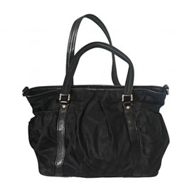 Burberry-Travel bag-Black