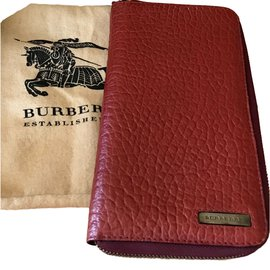 Burberry-Wallet-Red
