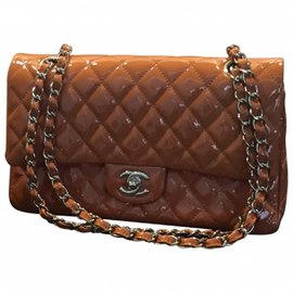 Chanel-Handbag-Orange