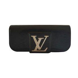 Louis Vuitton-Pochette-Noir
