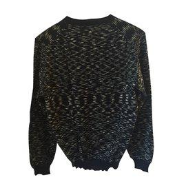 Apc-Pull noir en laine col V.-Noir