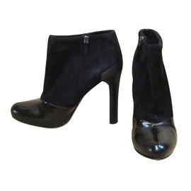 Fendi-Low boots à talons-Noir