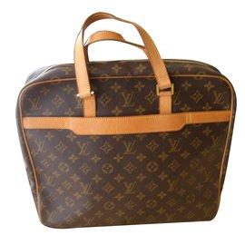 Louis Vuitton-Bag-Brown