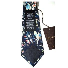 Gucci-Cravate-Autre