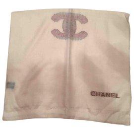 Chanel-Foulard-Blanc
