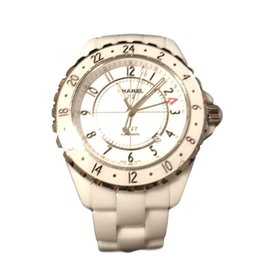 Chanel-Gmt-White