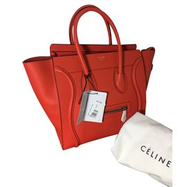 Céline-Luggage-Rouge