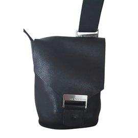 Le Tanneur-Pochette en cuir-Noir