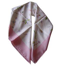 Hermès-Carré Hermès en soie-Rose