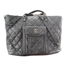Chanel-Totes-Black