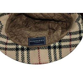 Burberry-Hat-Beige
