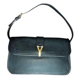 Yves Saint Laurent-Cabas Chyc Mini Flap Shoulder Bag-Noir