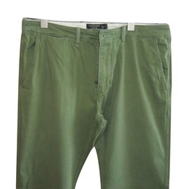 Abercrombie & Fitch-Pantalons homme-Vert