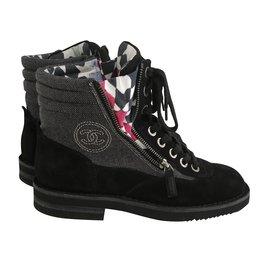 Chanel-Bottes-Noir,Gris