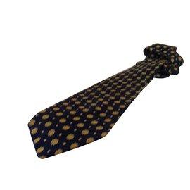 Balenciaga-Cravate-Bleu