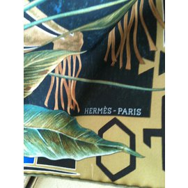Hermès-Silk scarf-Multiple colors