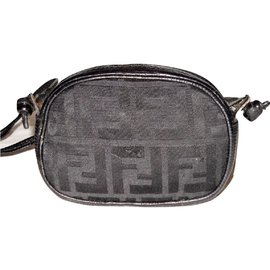 Fendi-FENDI vintage sac bandoulìere tissu Zucca et cuir-Noir