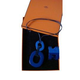 Hermès-Kara et Ano-Bleu