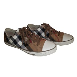 Burberry-Sneakers-Multiple colors
