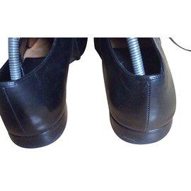 Prada-shoes-Black