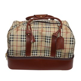 Burberry-Burberry travel bag with shoe compartment-Other