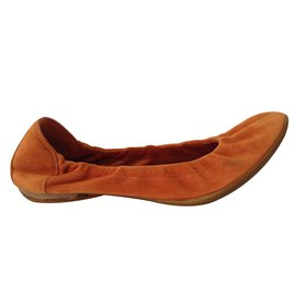 Hermès-Carina-Orange