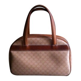 Céline-Handbag-Beige,Caramel