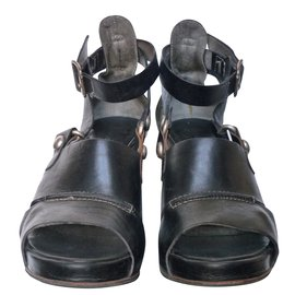 Alberto Fermani-Heels-Black