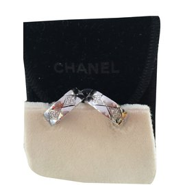 Chanel-Boucles d'oreilles-Blanc