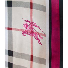 Burberry-Scarf-Black,Red,Beige,Purple