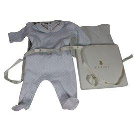 Gucci-Baby-Schlafanzug-Weiß,Blau