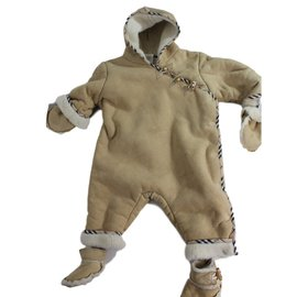 Burberry-Sleepsuit-Beige