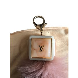 Louis Vuitton-Bijoux de sac-Argenté,Rose