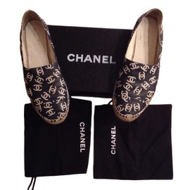 Chanel-Espadrilies-Black