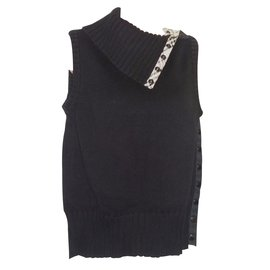 Burberry-Knitwear-Black