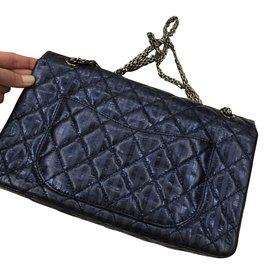 Chanel-2.55-Bleu