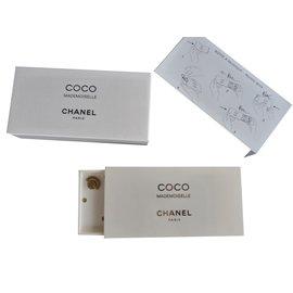 Chanel-Boite à musique-Blanc