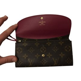 Louis Vuitton-portefeuille Monogramme Louis Vuitton Emilie Wallet Fuchsia-Marron