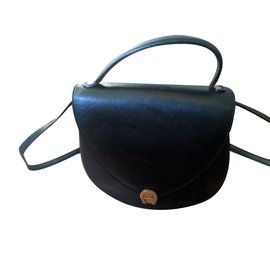 b5166796d8 Etienne Aigner shoulder bag. Composition  £137. Aigner-Handbags-Black ...